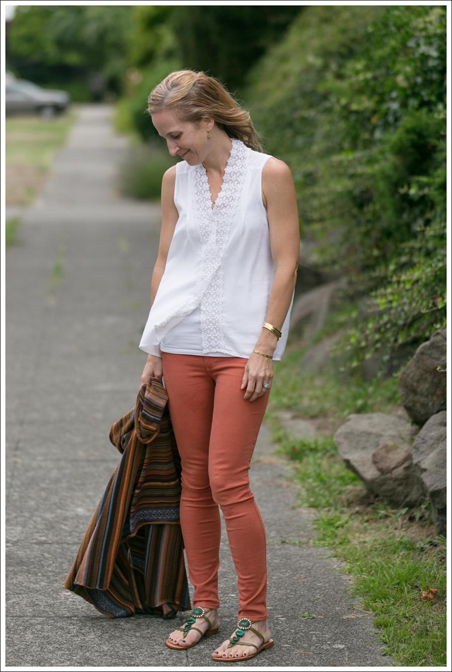 blogOrange Black Orchid Jeans White Top Pattern Swing Sweater-1