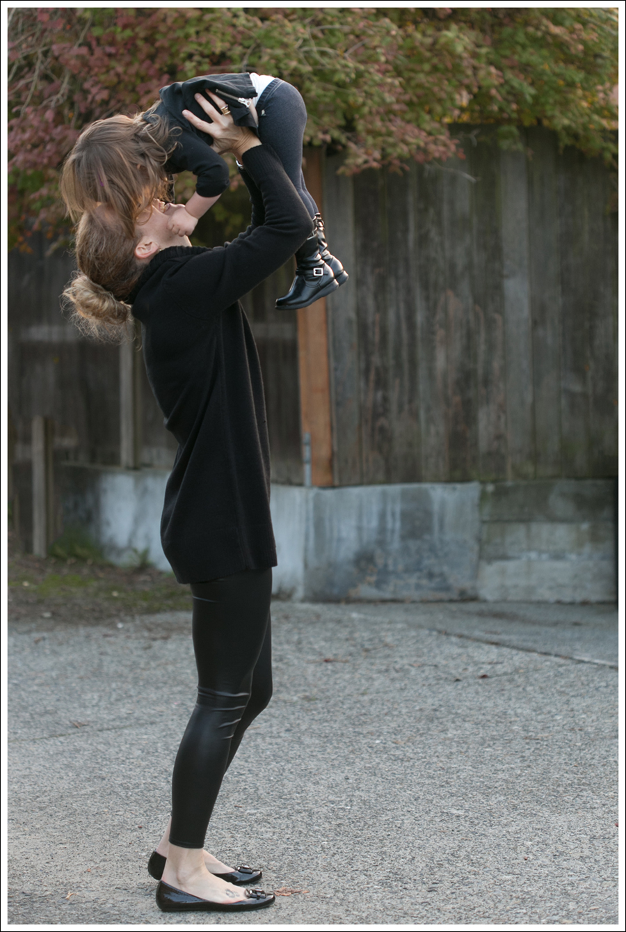Blog Black HM Sweater Faux Leather Leggings-4