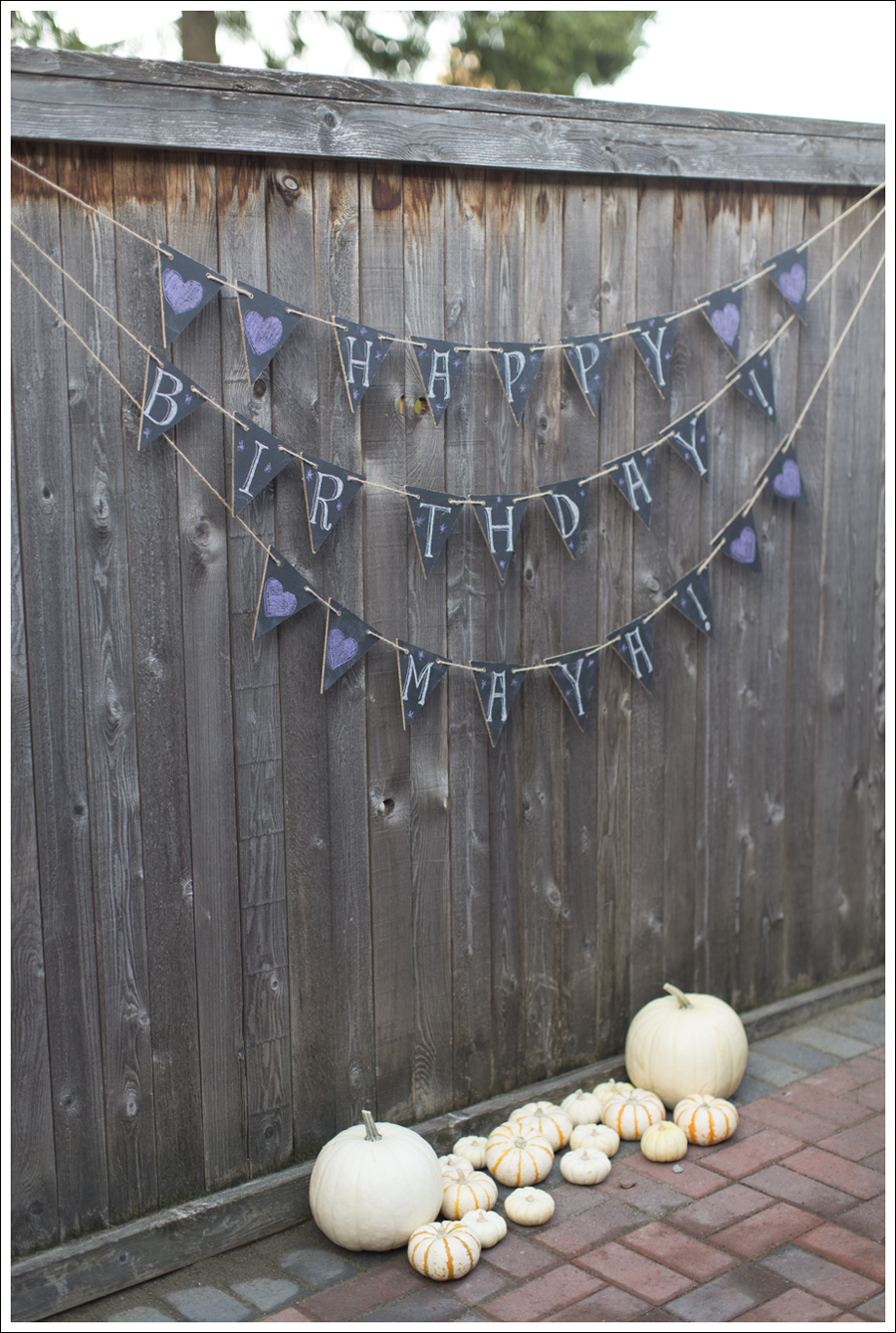 Blog DIY Chalkboard Banner-9