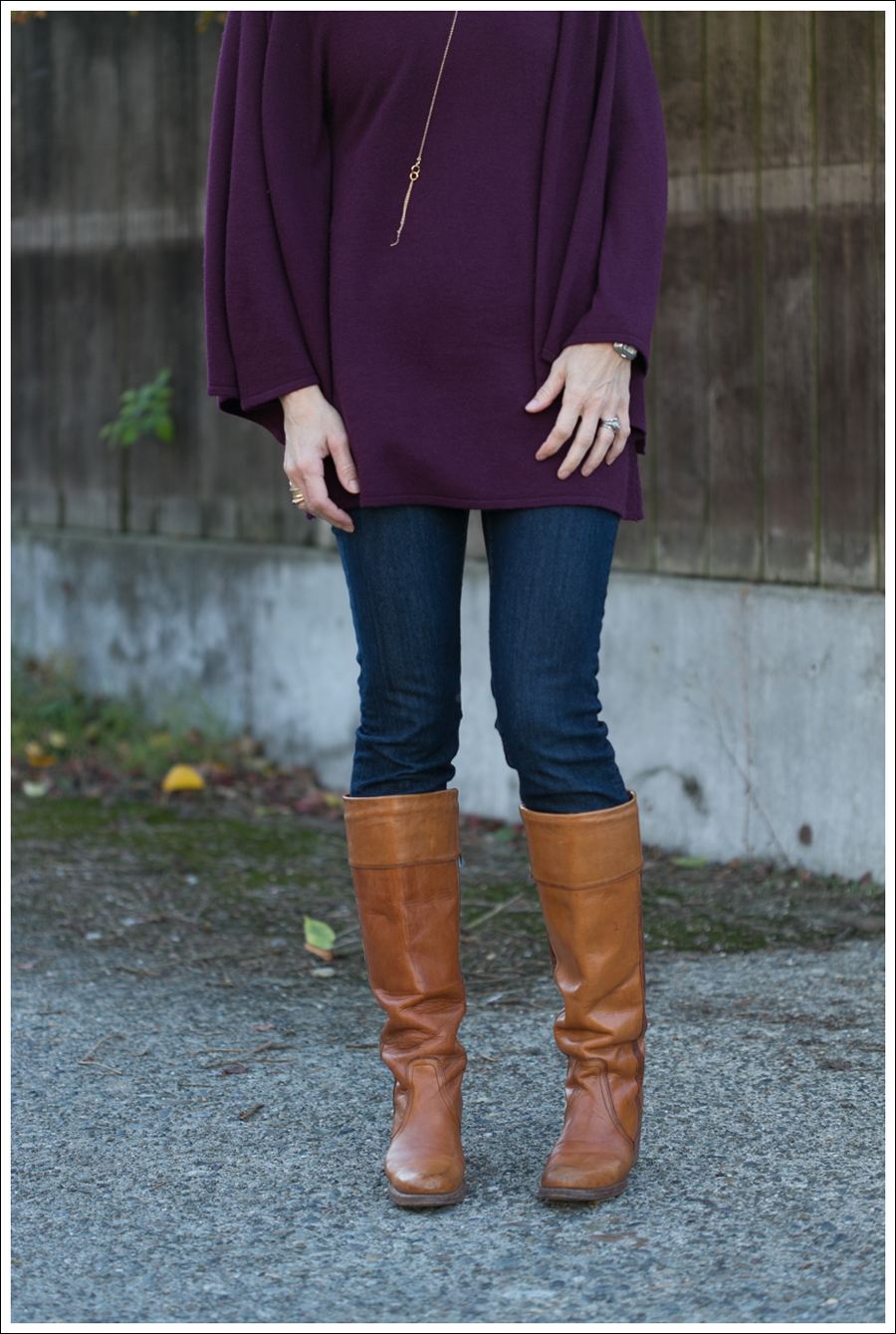 Blog Rachel Pally Cashmere Cape AG the Tights Vintage Frye Boots-2