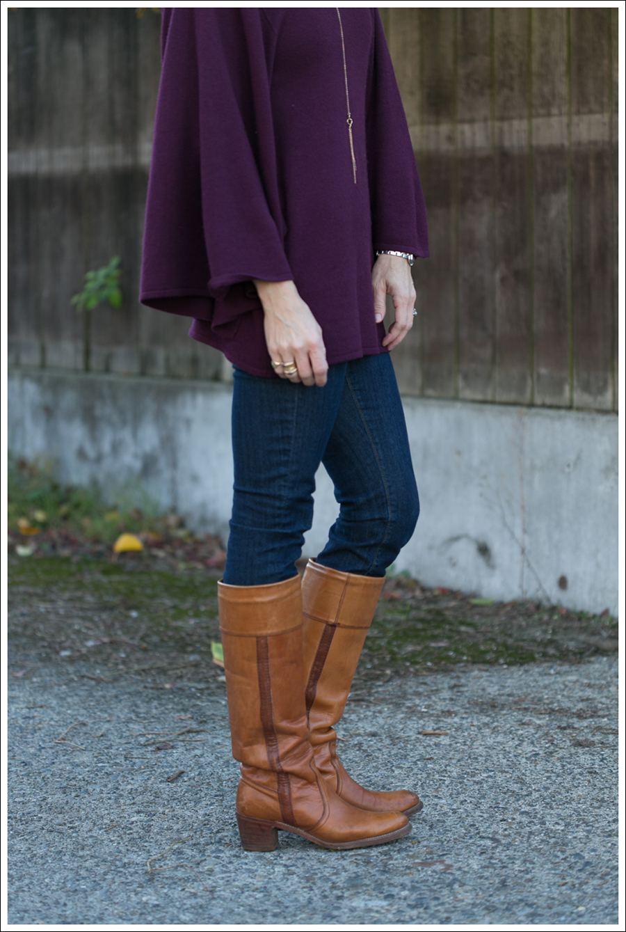 Blog Rachel Pally Cashmere Cape AG the Tights Vintage Frye Boots-4