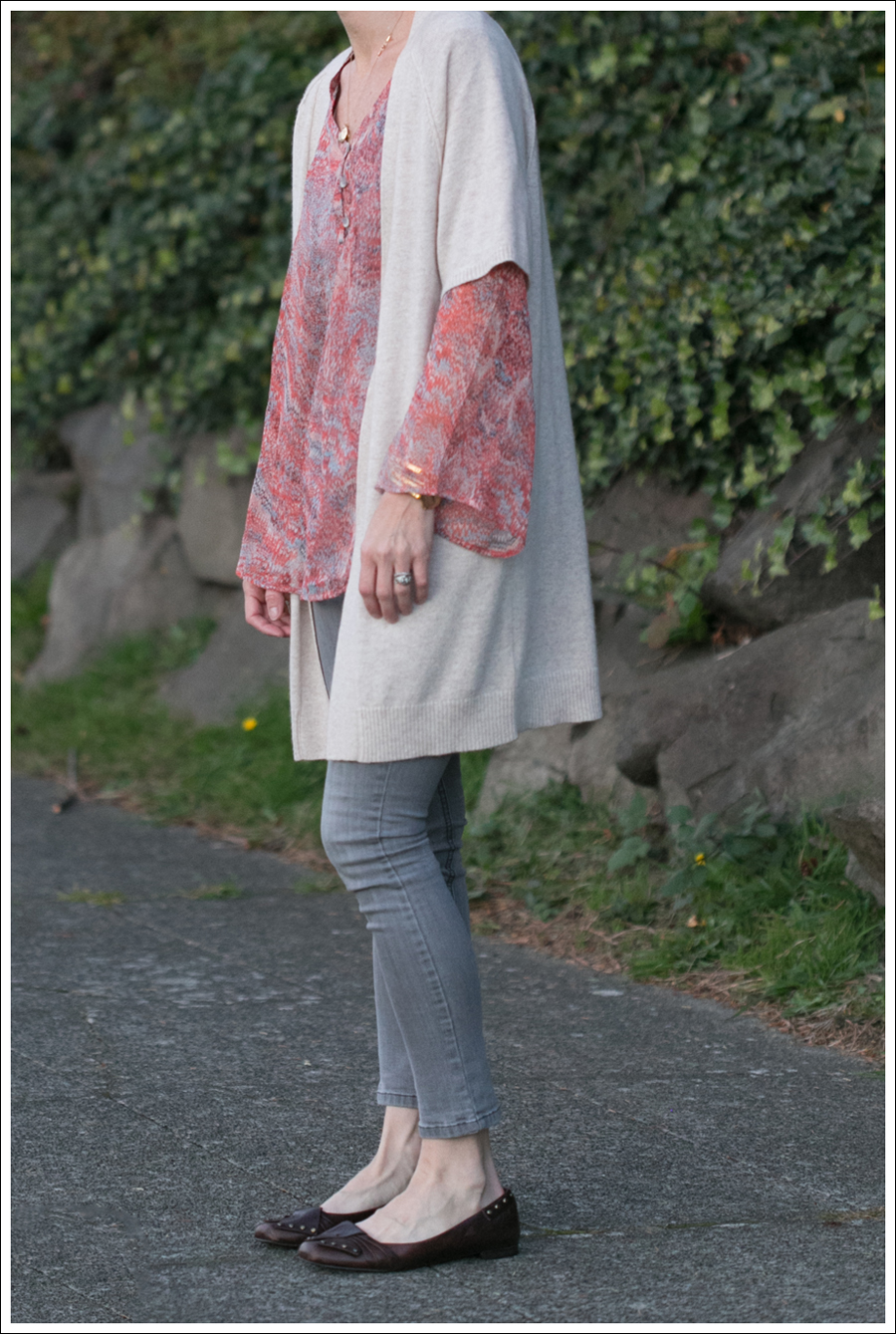 blog Karoo Cashmere Cardigan Ella Moss Silk Top Joes Jeans-2