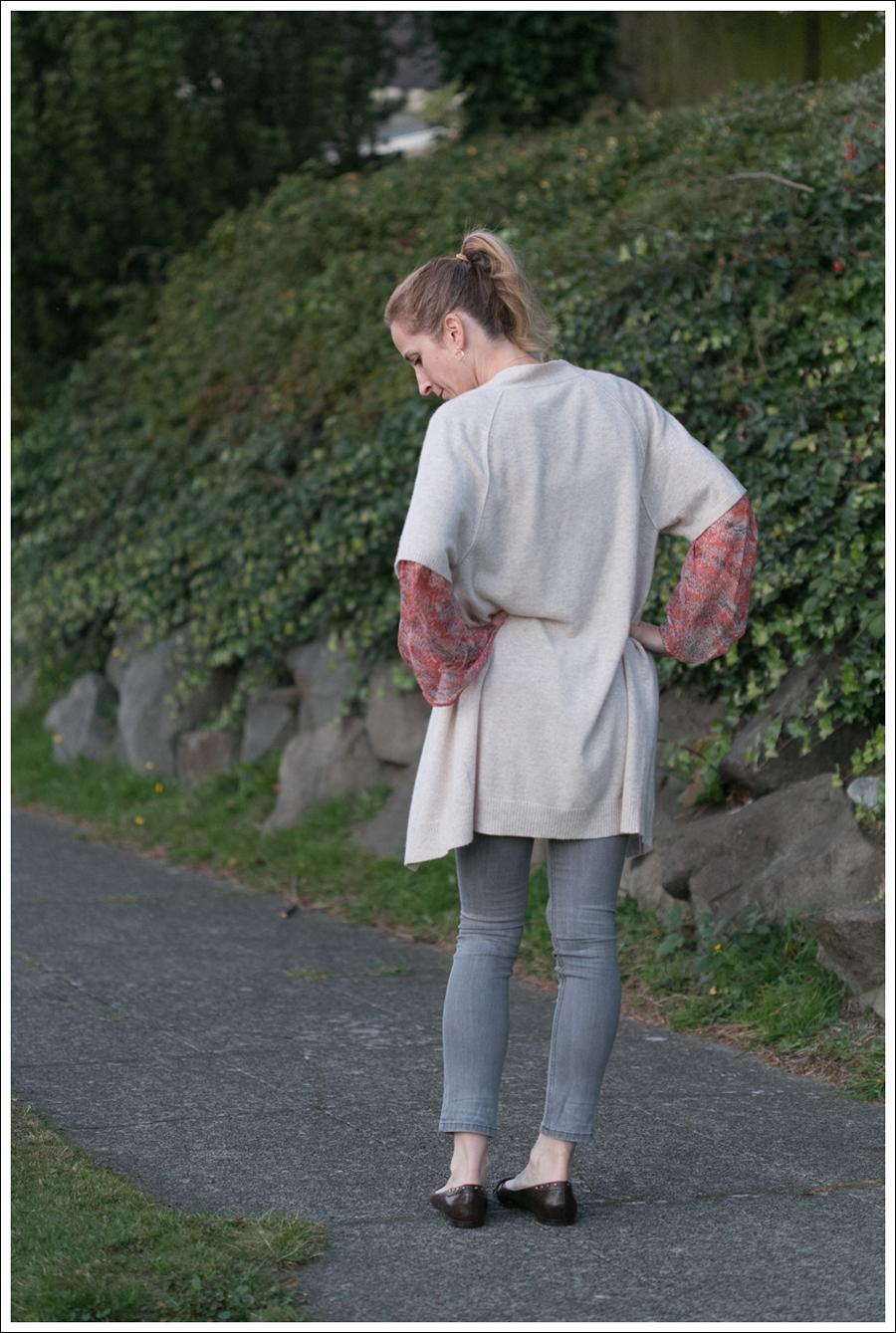 blog Karoo Cashmere Cardigan Ella Moss Silk Top Joes Jeans-3