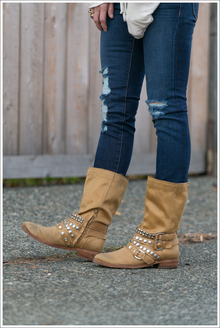 Blog Lady and the Sailor Top J Brand Destroyed Jeans Ash Boots-4
