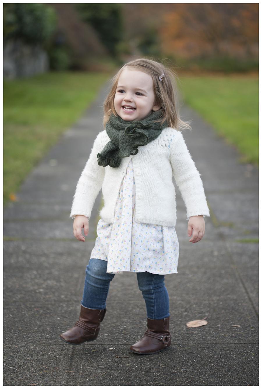 Blog Maya 109 weeks scarf boots-1sm