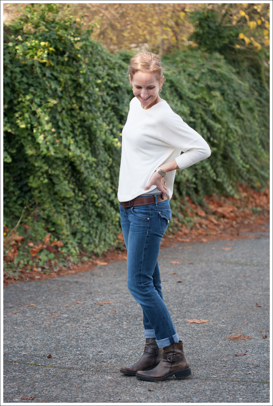 Blog Sweet Romeo Sweater Hudson Cafe Noir Boots-2