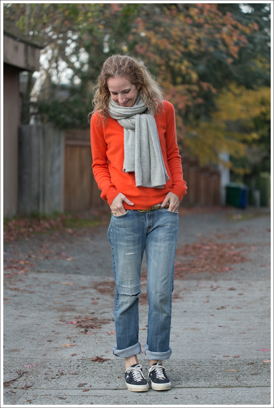 Blog Orange Stylemint Sweater 7FAM Converse-1