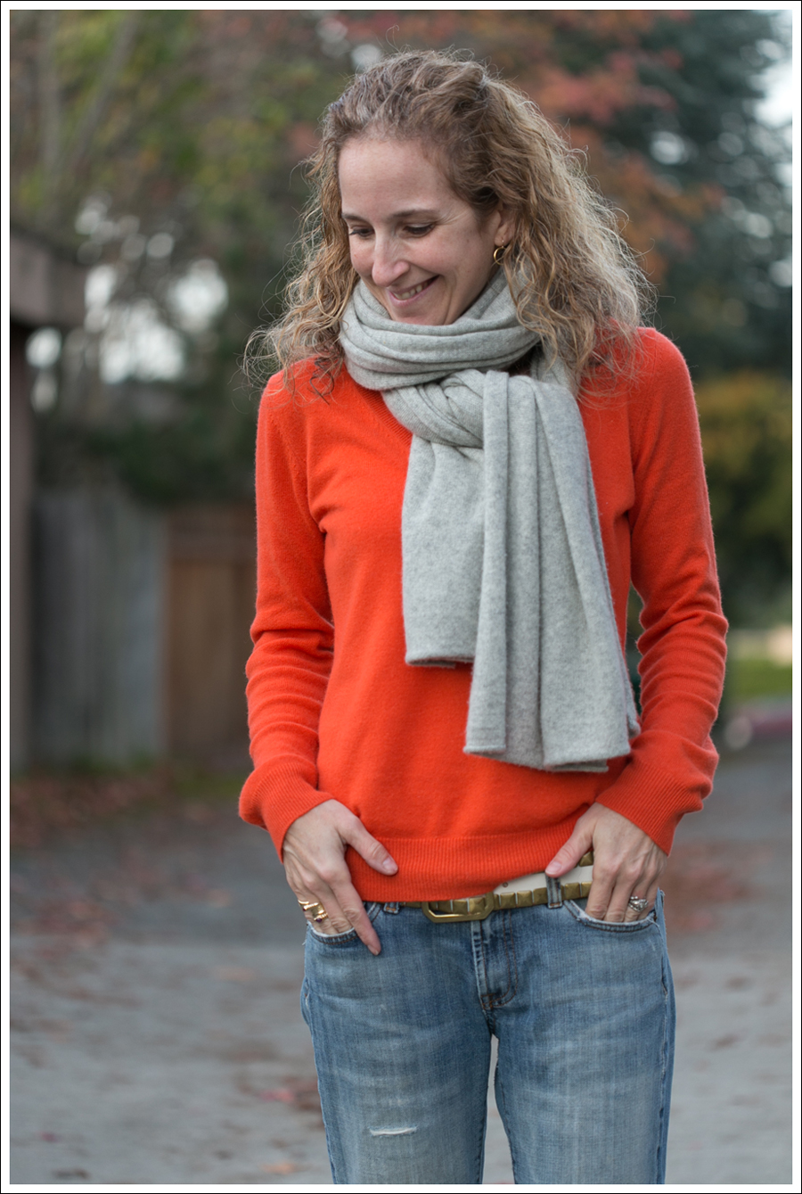 Blog Orange Stylemint Sweater 7FAM Converse-2