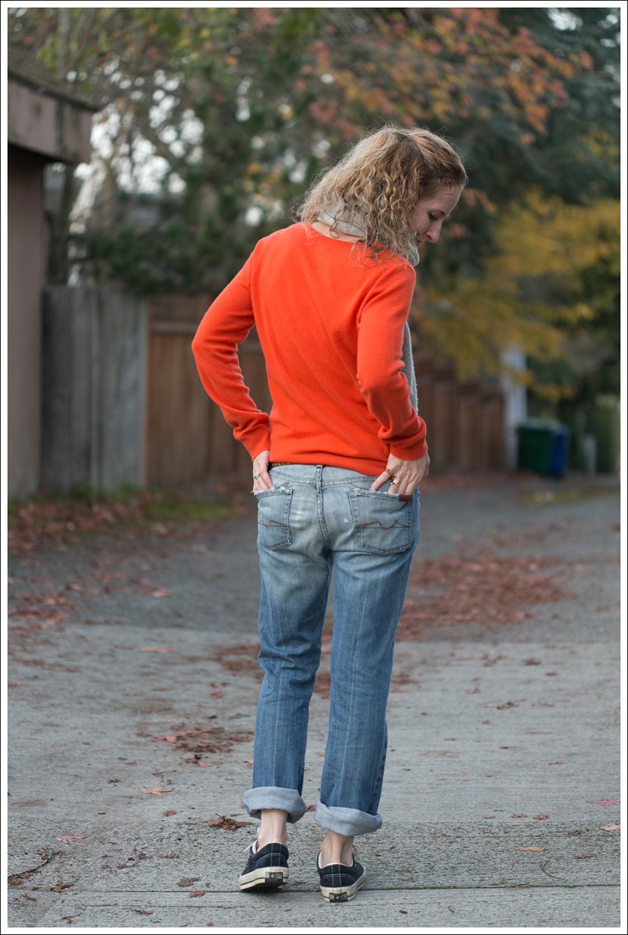 Blog Orange Stylemint Sweater 7FAM Converse-4