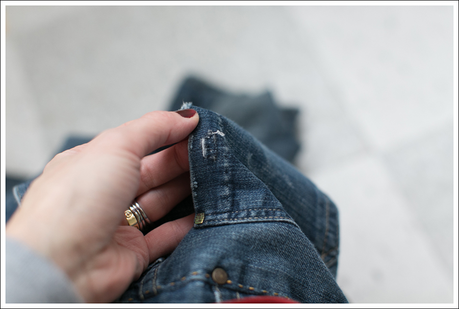 Blog DIY Destroyed Denim Jeans With Strings Attached-5