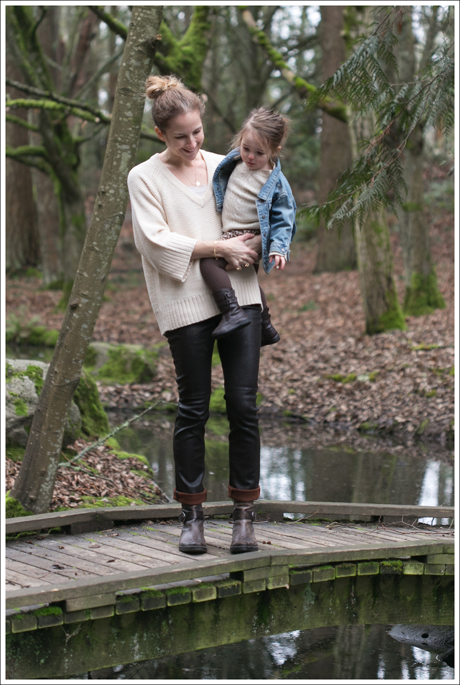 Blog Zara Sweater Goldsign Leather Pants Booties-1
