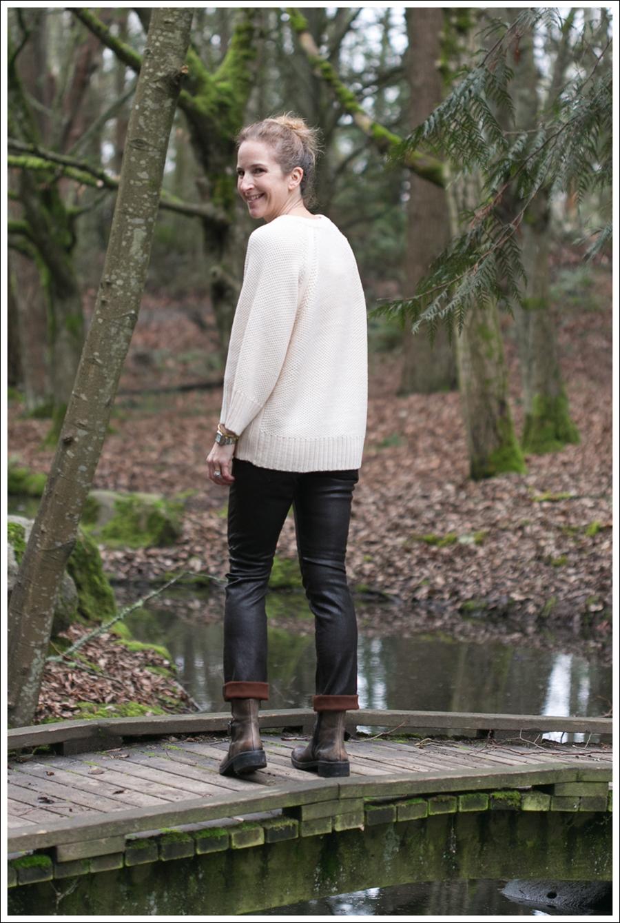Blog Zara Sweater Goldsign Leather Pants Booties-5