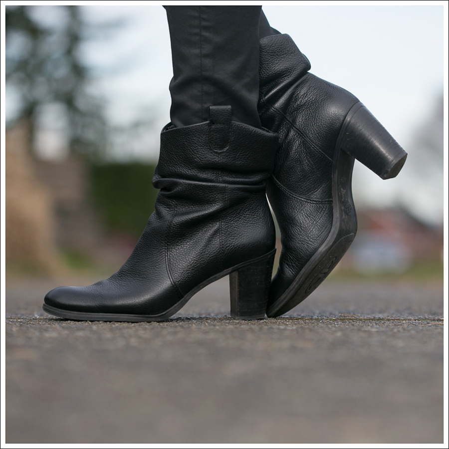 Blog Vivienne Tam HM Circa Joan David Booties-5
