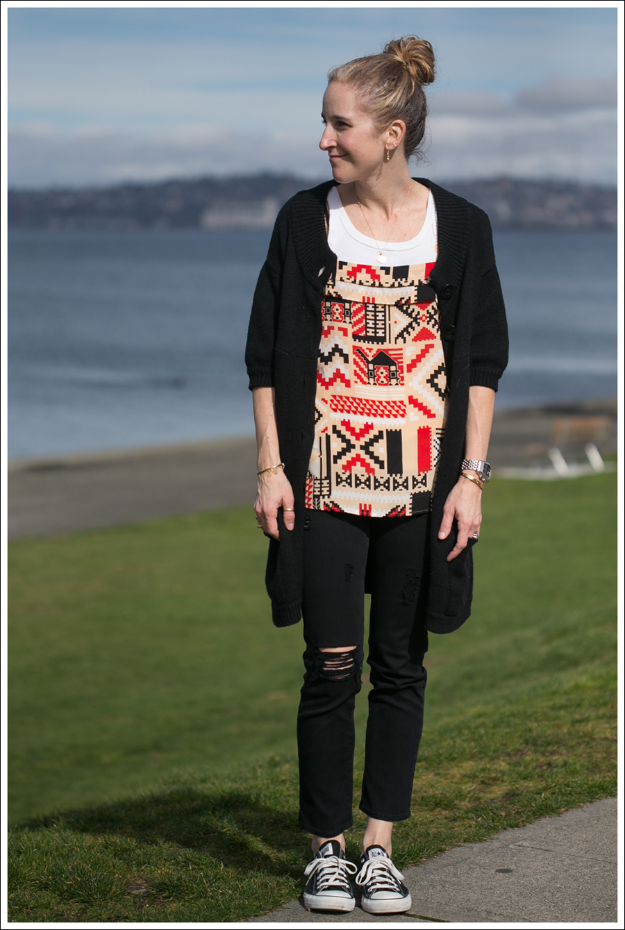 Blog Vince Sweater CoreyLynnCalter Top Goldsign Jeans Converse-1