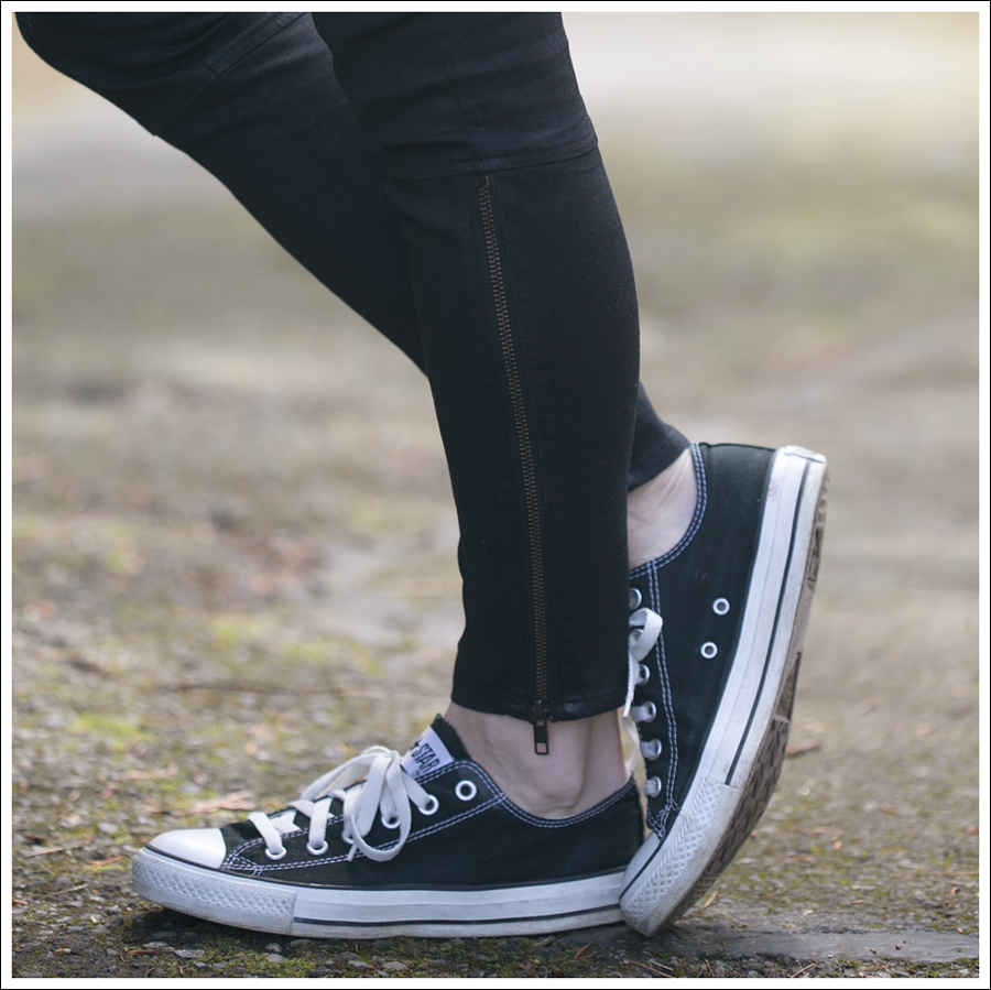 Blog Rhyme and Echo Banana Republic J Brand Agnes Converse-3