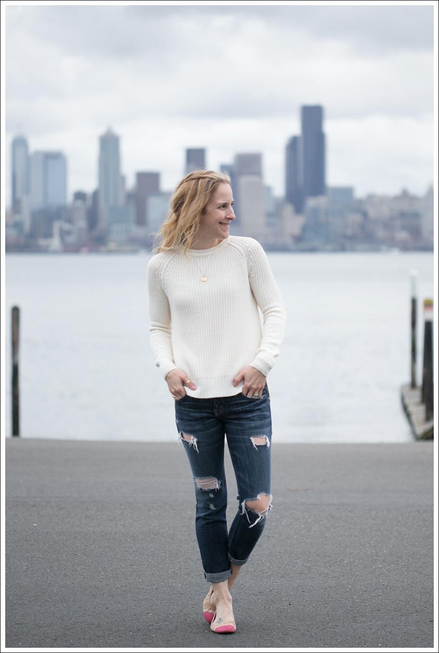Blog Zara Button Back Sweater Destroyed Current Elliott Crop Skinny Leifnotes Flats-1