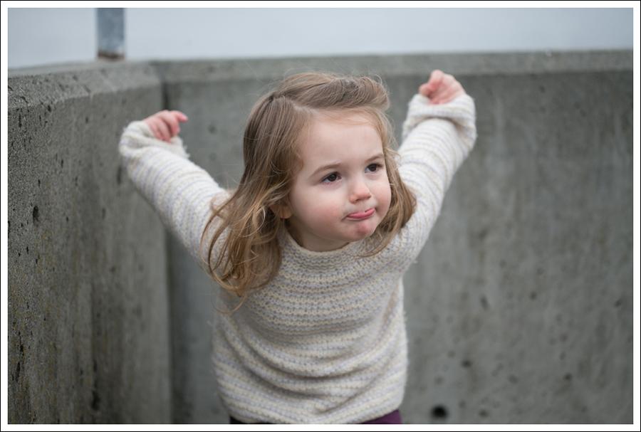 Blog Zara Button Back Sweater Destroyed Current Elliott Crop Skinny Leifnotes Flats-17