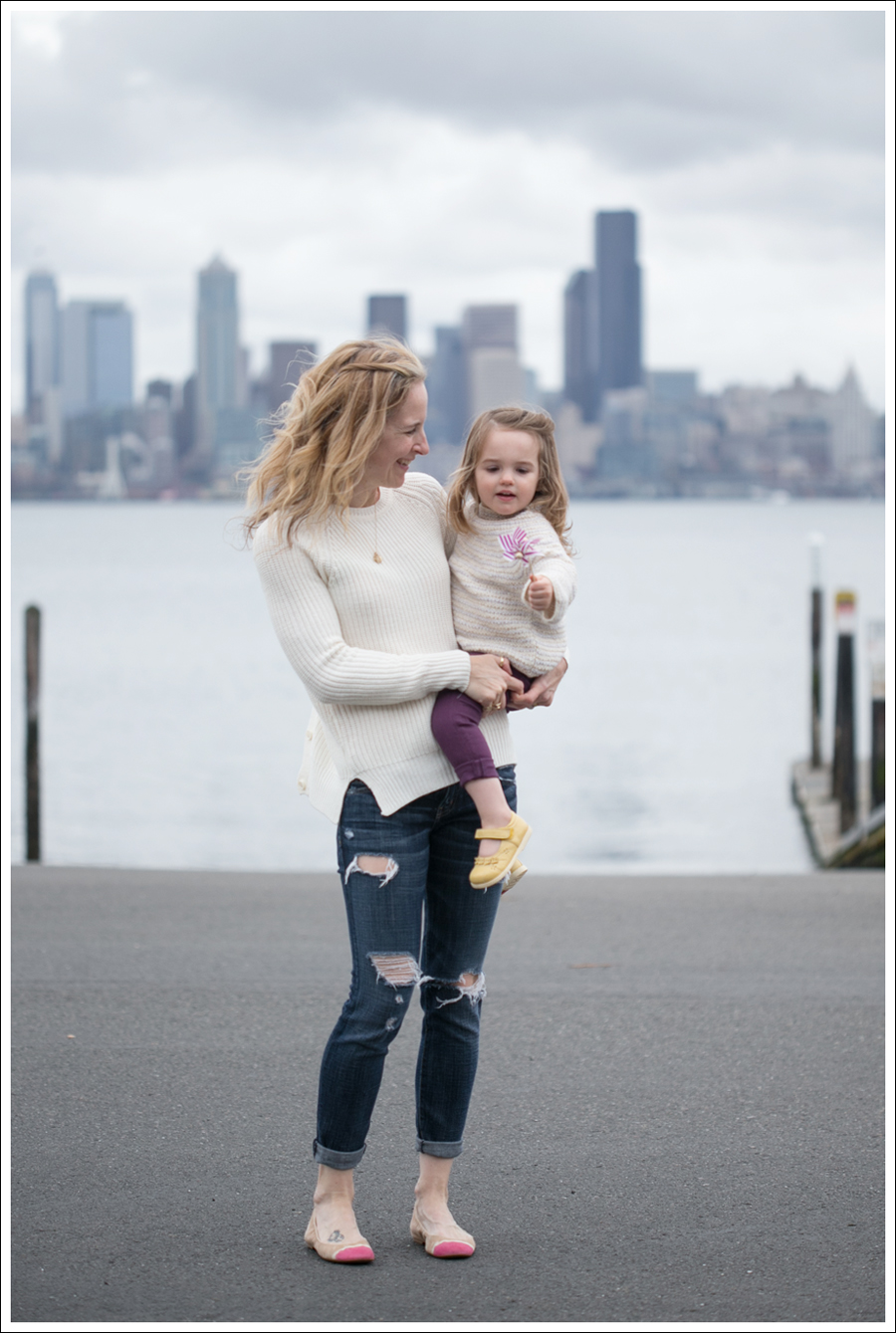 Blog Zara Button Back Sweater Destroyed Current Elliott Crop Skinny Leifnotes Flats-6