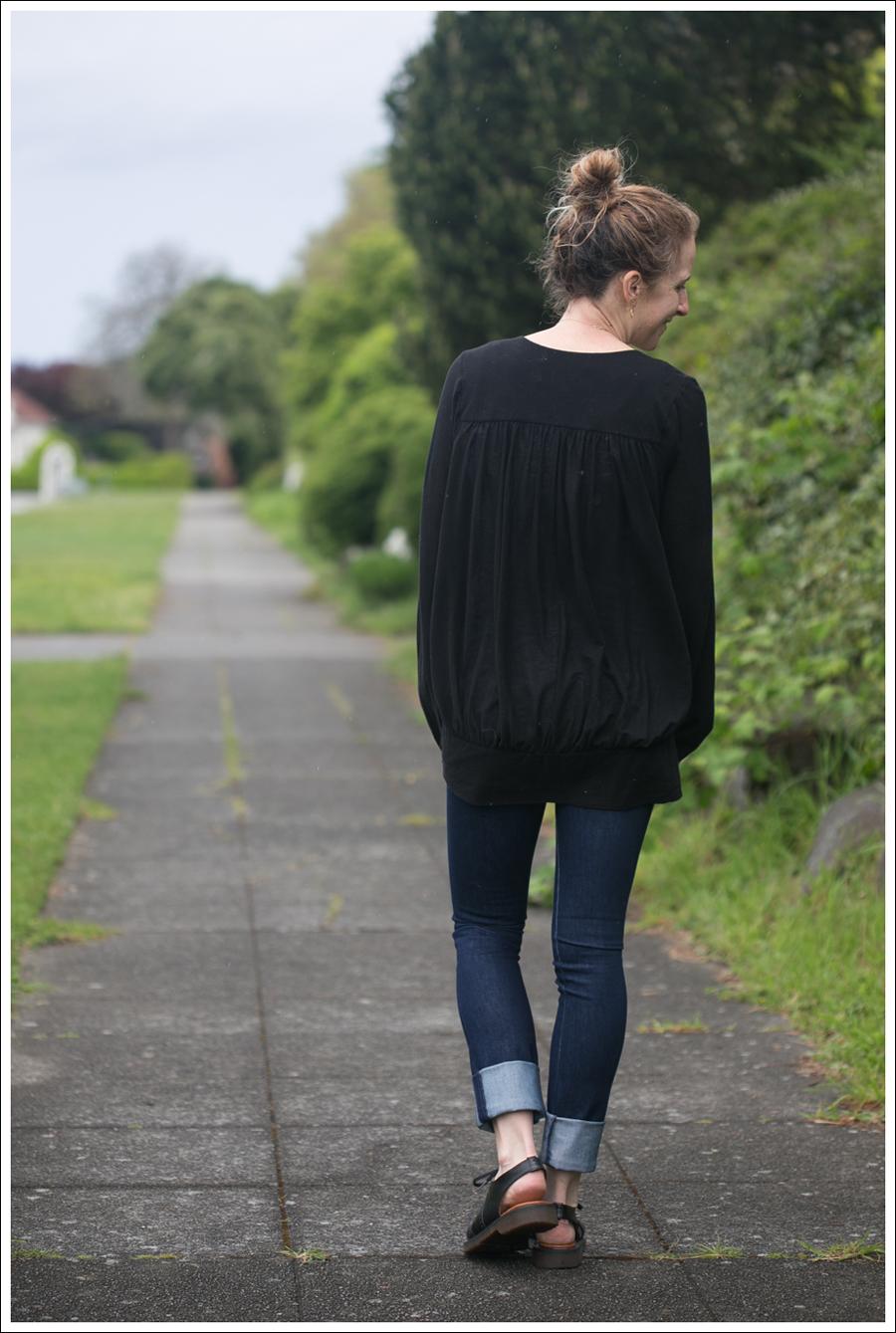 Blog Leifsdottir Cardigan J Brand High Rise Skinny Dr Martens-3