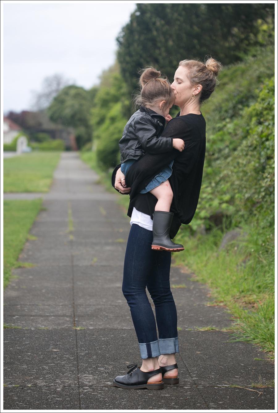 Blog Leifsdottir Cardigan J Brand High Rise Skinny Dr Martens-4