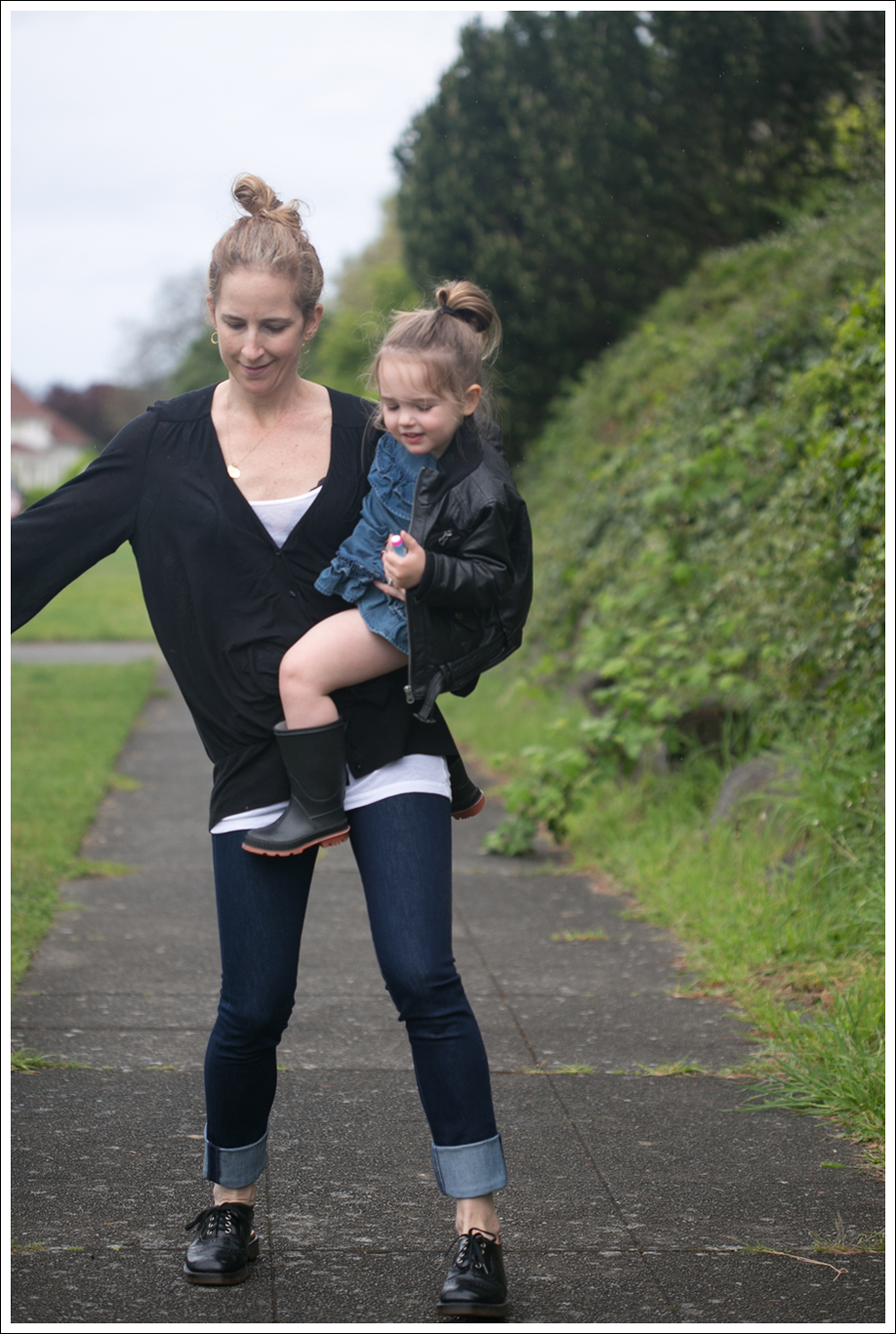 Blog Leifsdottir Cardigan J Brand High Rise Skinny Dr Martens-5