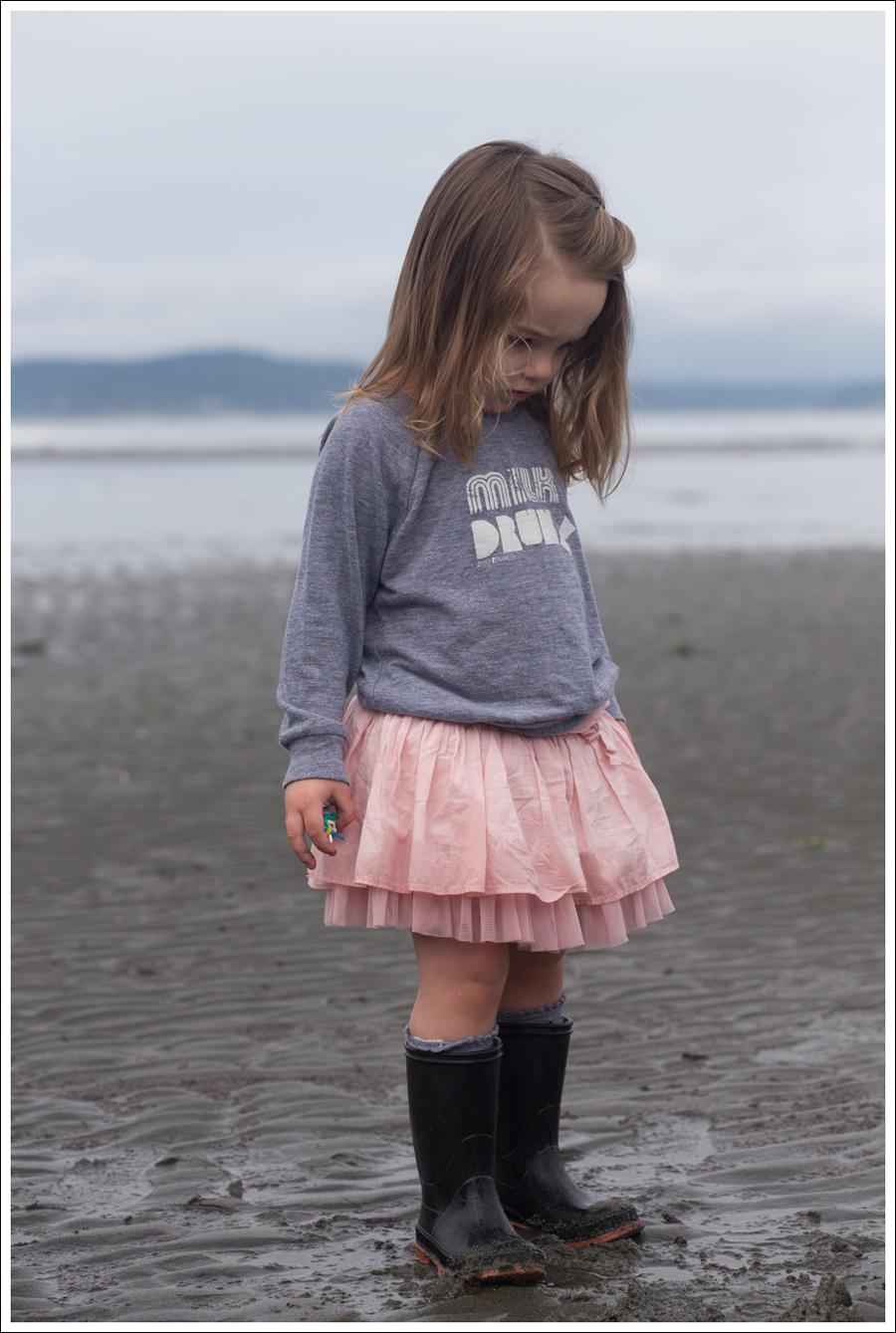 Blog Maya 137 Weeks Little Boogaweezin Milk Drunk Gap Tutu Rain Boots-10