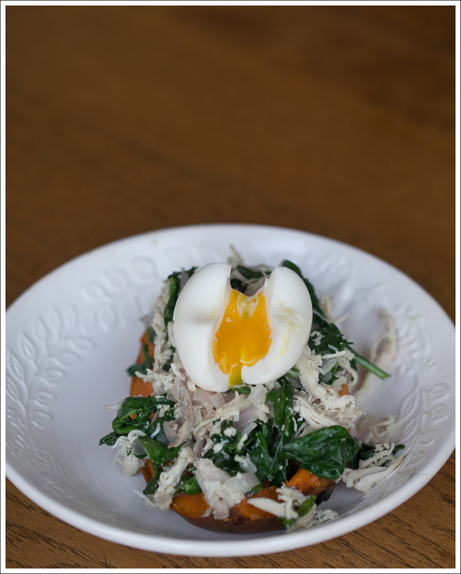 Blog Paleo Chicken and Spinach Stuffed Sweet Potato with Soft Boiled Egg-1