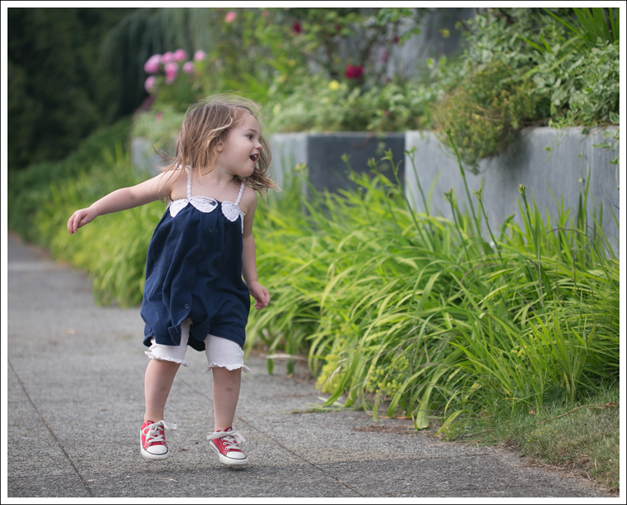 Blog Gap Dress B Nature Bloomers Red Converse-6