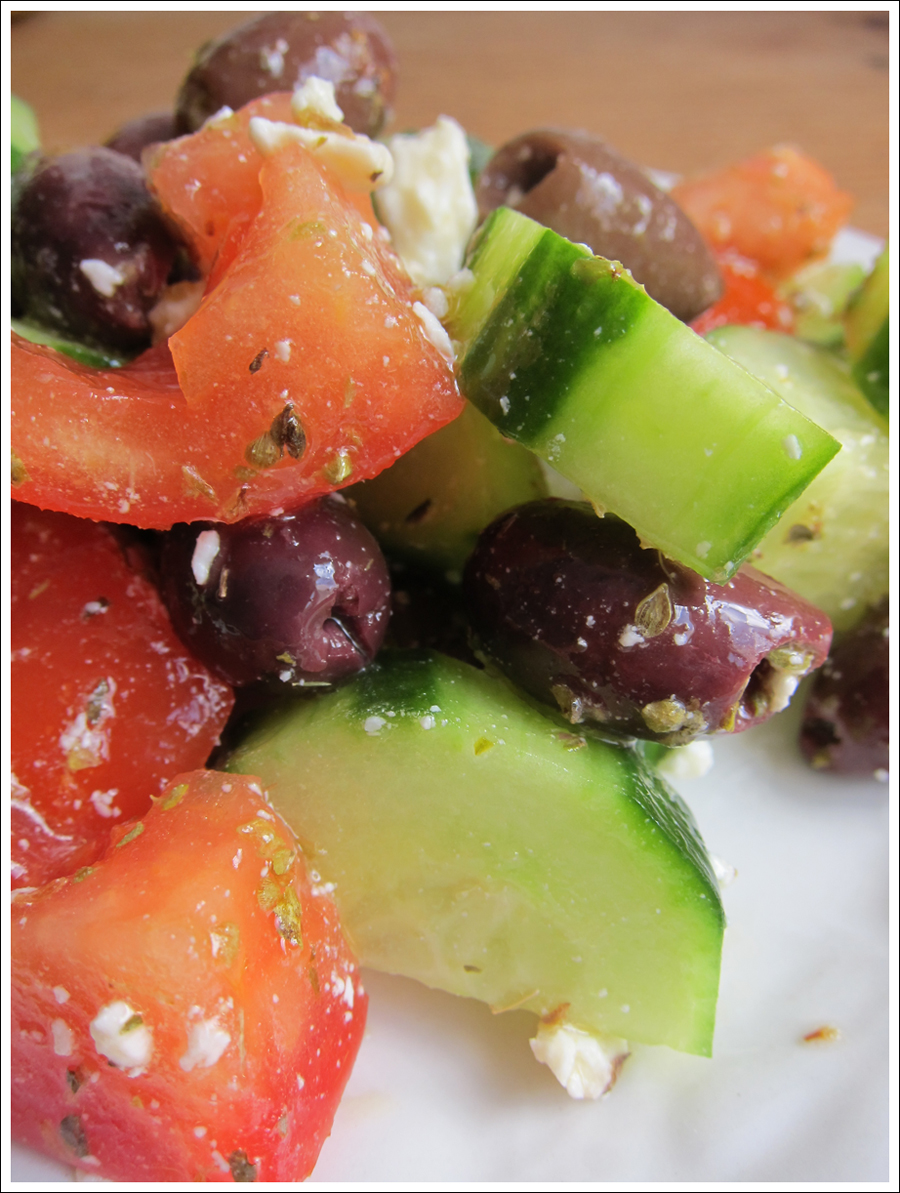 blog greeksalad_veggies1