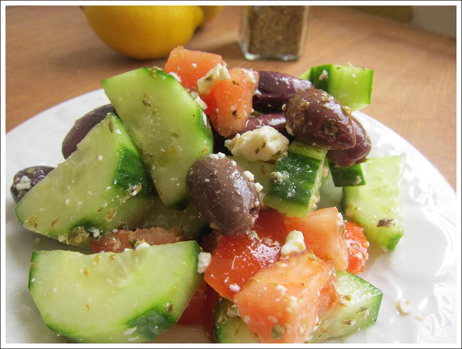 blog greeksalad_veggies2