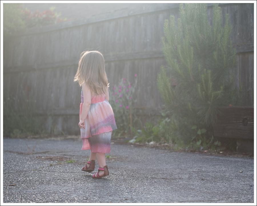 Blog Maya 138 Weeks SweetGirl Ombre Dress Old Navy Sandals-2