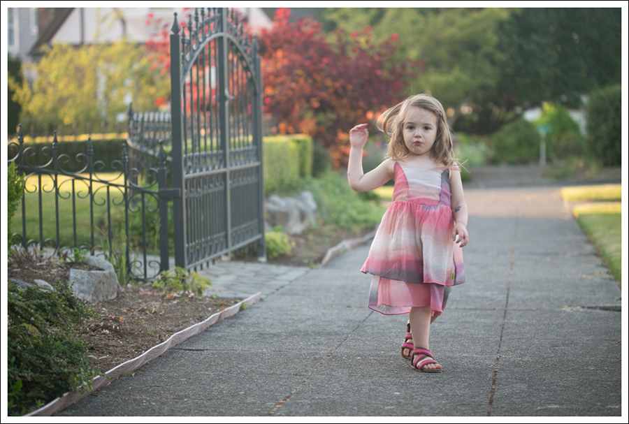 Blog Maya 138 Weeks SweetGirl Ombre Dress Old Navy Sandals-6