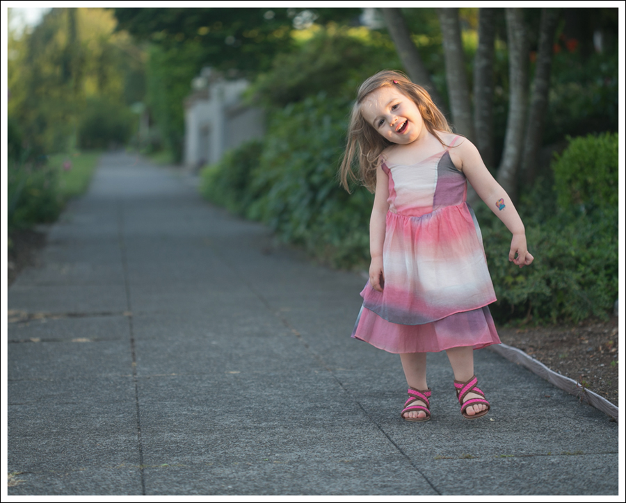 Blog Maya 138 Weeks SweetGirl Ombre Dress Old Navy Sandals-8