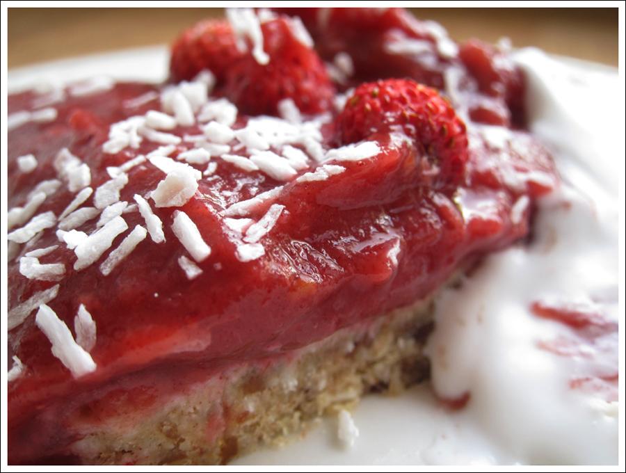 Blog paleorhubarbstrawberrytart3
