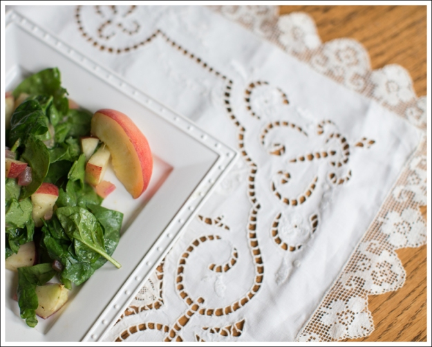 Blog Paleo Warm Peach Salad-1