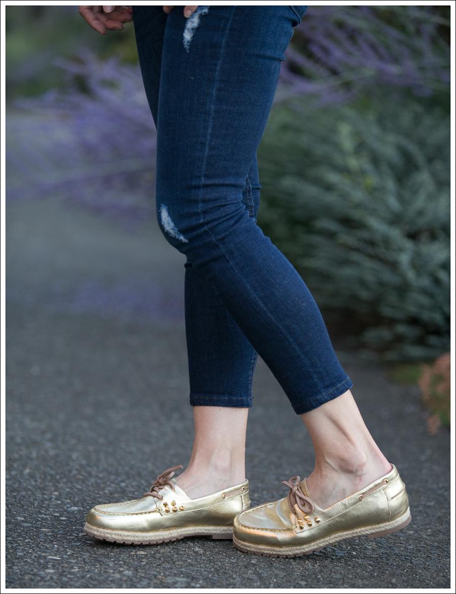 Blog Vintage Blouse Edyson Destroyed Skinny BEandD Gold Studded Boat Shoes-4