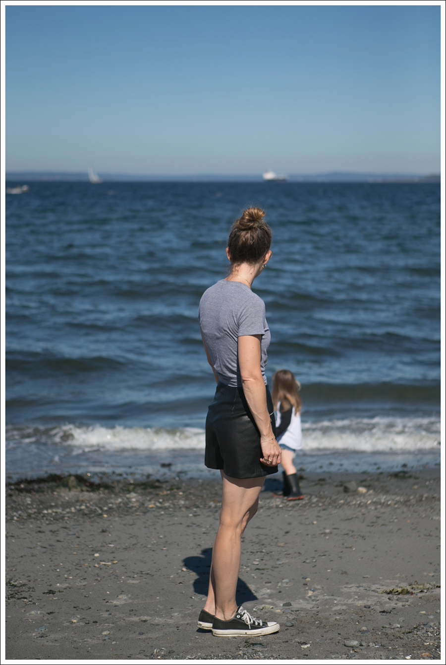 Blog Little Boogaweezin PLM Tee Zara High Waisted Faux Leather Shorts Black Converse Beach-4