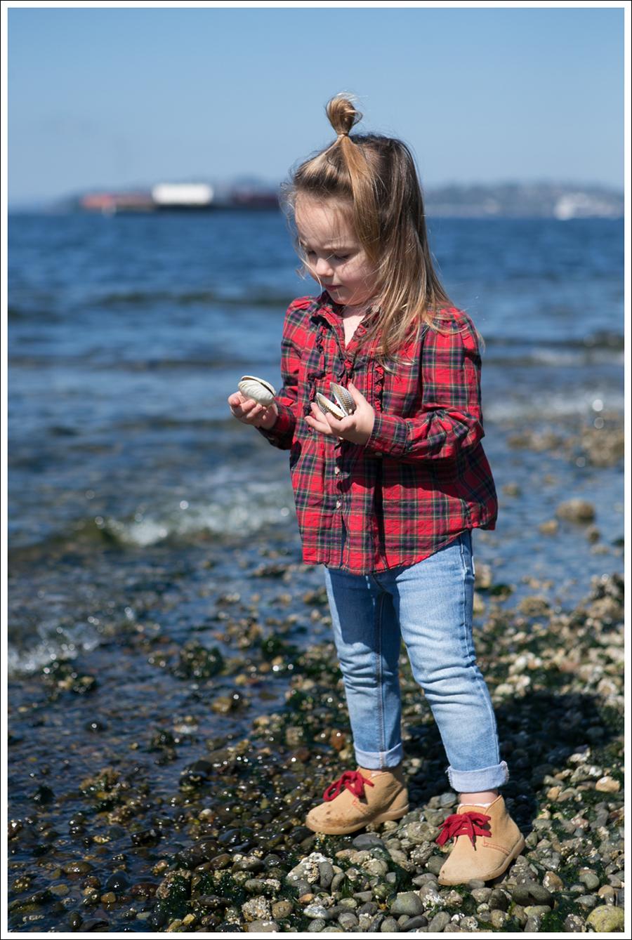 Blog Ralph Lauren Plaid Top Gap Light Skinny Jeans Gap Tan Red Booties-1