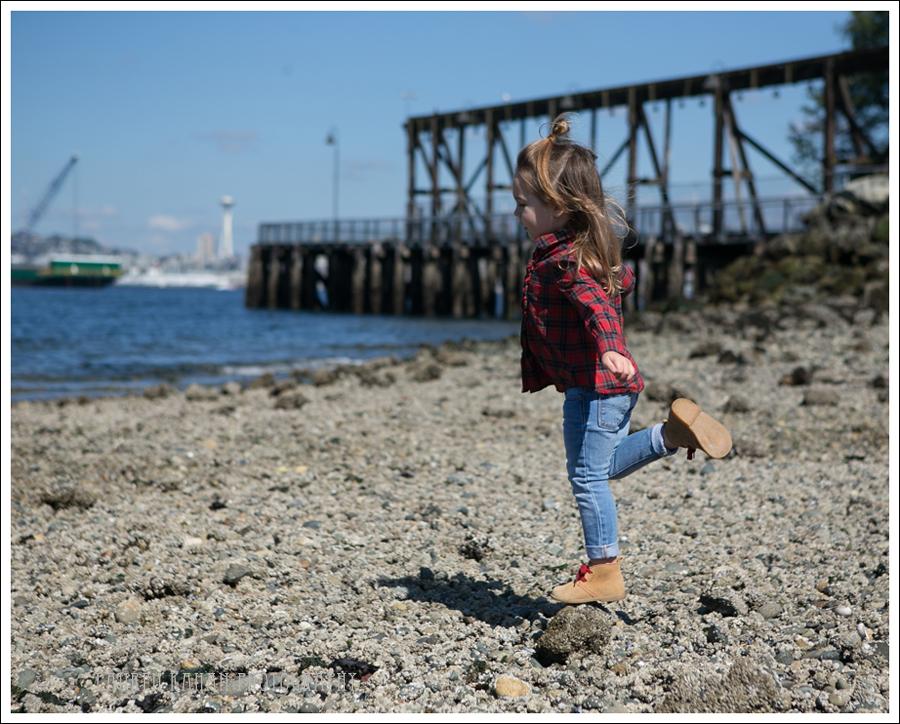 Blog Ralph Lauren Plaid Top Gap Light Skinny Jeans Gap Tan Red Booties-2