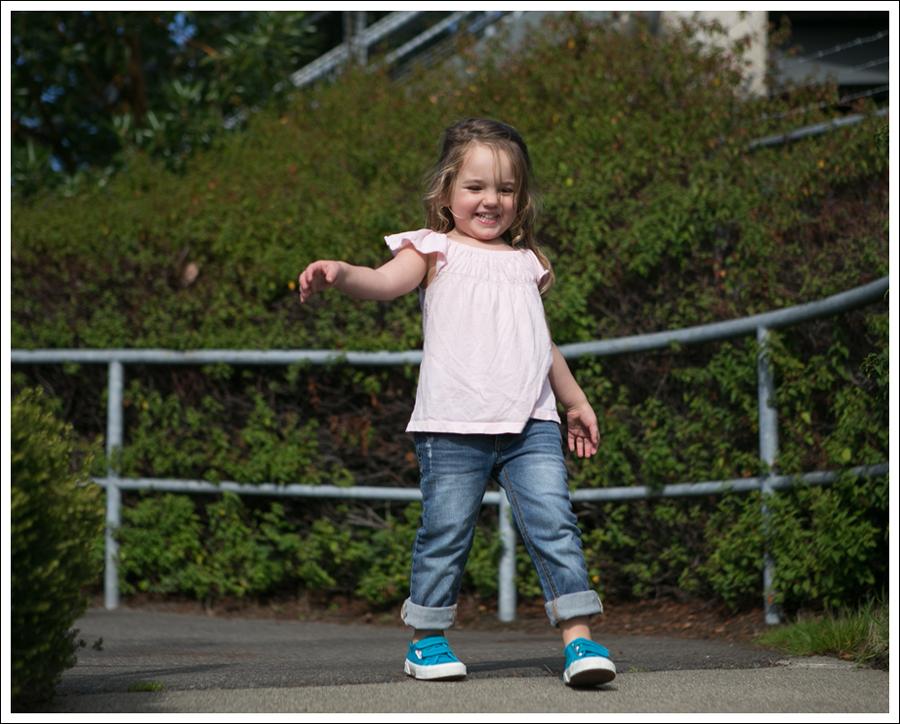Blog Gap Pink Tee Joes Jeans Distressed Skinny Boyfriend Turquoise Superga-3