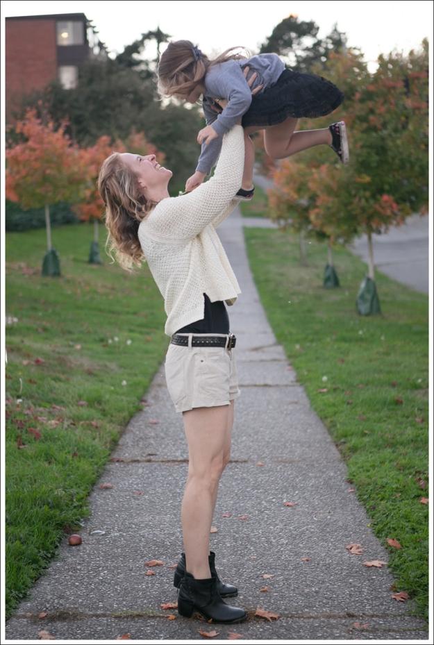 Blog HM Cream Sweater Current Elliott Boyfriend Leather Shorts SixtySeven Blake Bootie-6