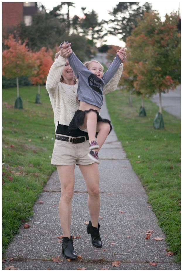 Blog HM Cream Sweater Current Elliott Boyfriend Leather Shorts SixtySeven Blake Bootie-7