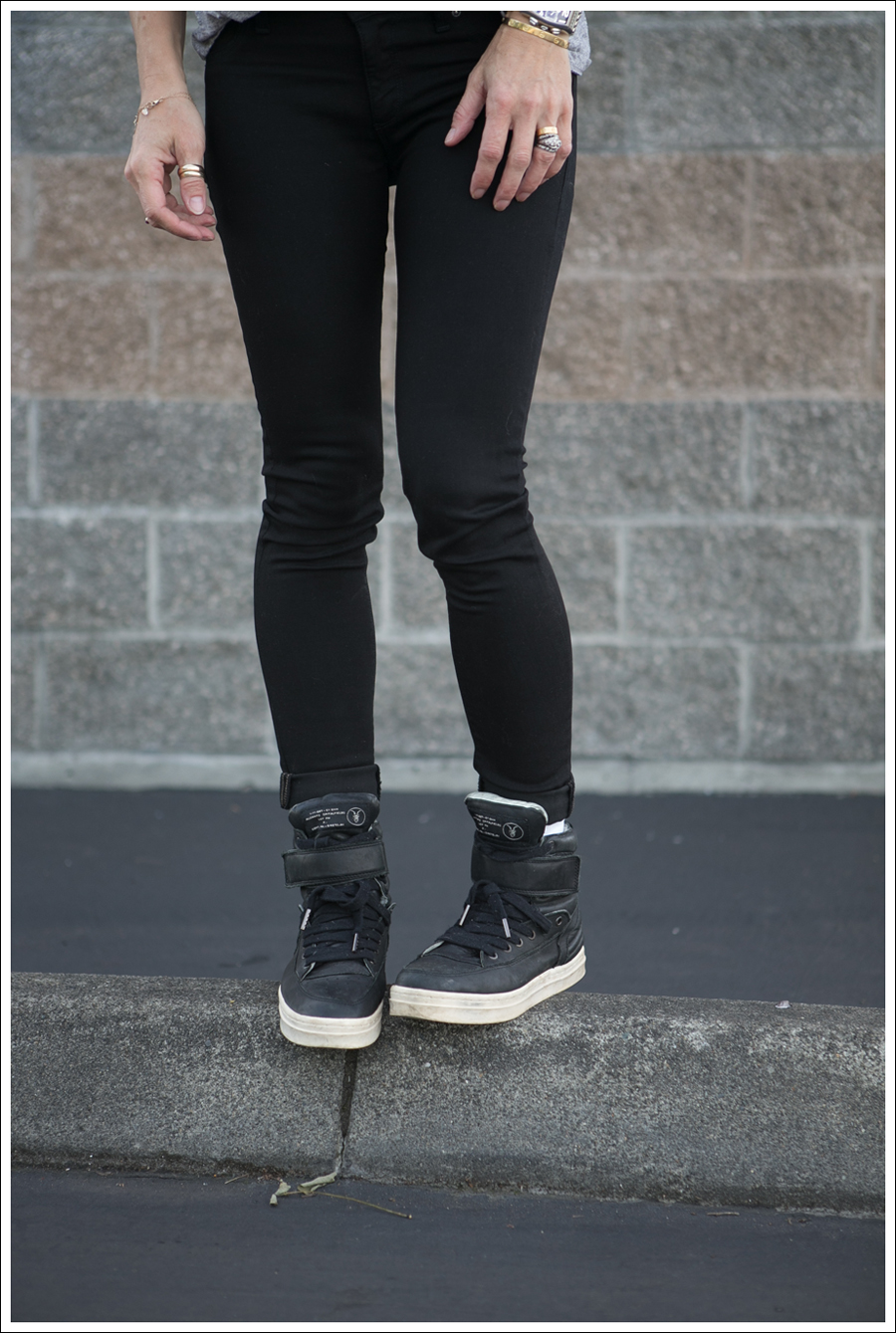 Blog HM Muscle Tee DL1961 Emma in Riker All Saints Spitagields Leather High Tops-2
