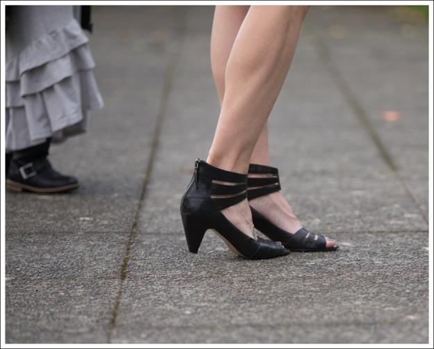 Blog Karen Zambos Dress Nine West Heels-3