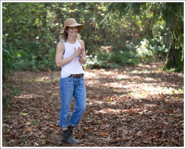 Blog Vintage Wool Hat Zara Tank Current Elliott Boyfriend Jeans Cafe Noir Booties-2