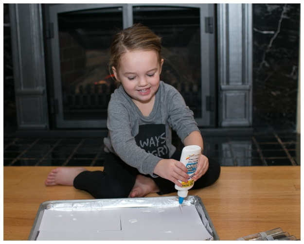 Blog DIY Toddler Glitter Thank You Card Art-2