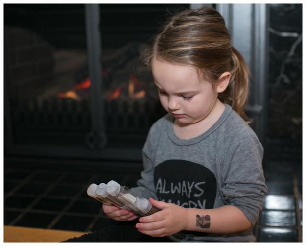Blog DIY Toddler Glitter Thank You Card Art-5