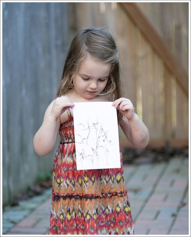 Blog DIY Toddler Glitter Thank You Card Art-9