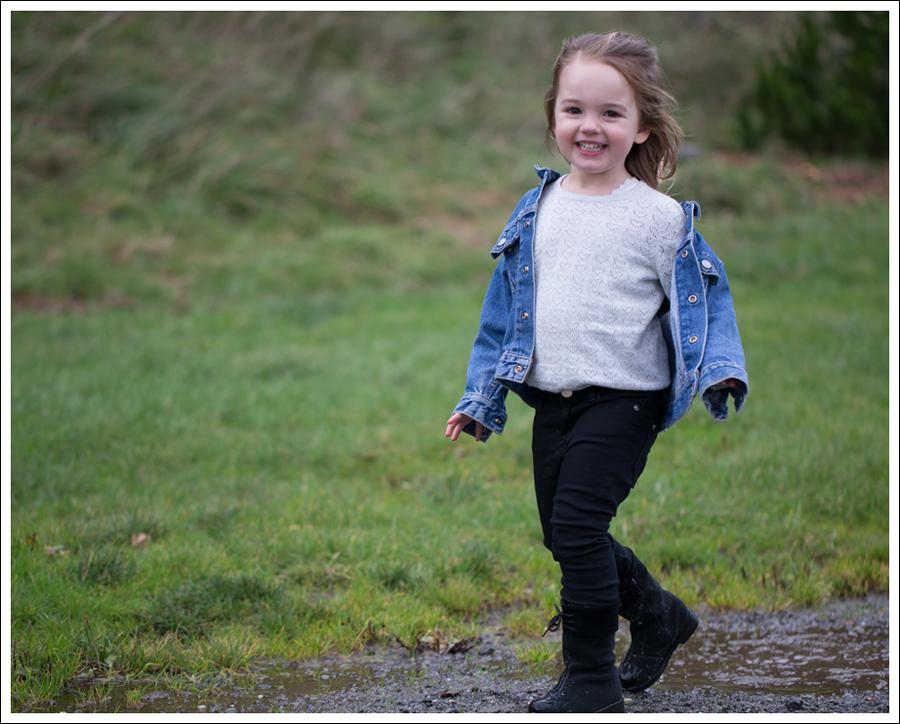 Blog Levis Jacket HM Sweater DL1961 Chloe Macpherson Baby Quiz Boots-7