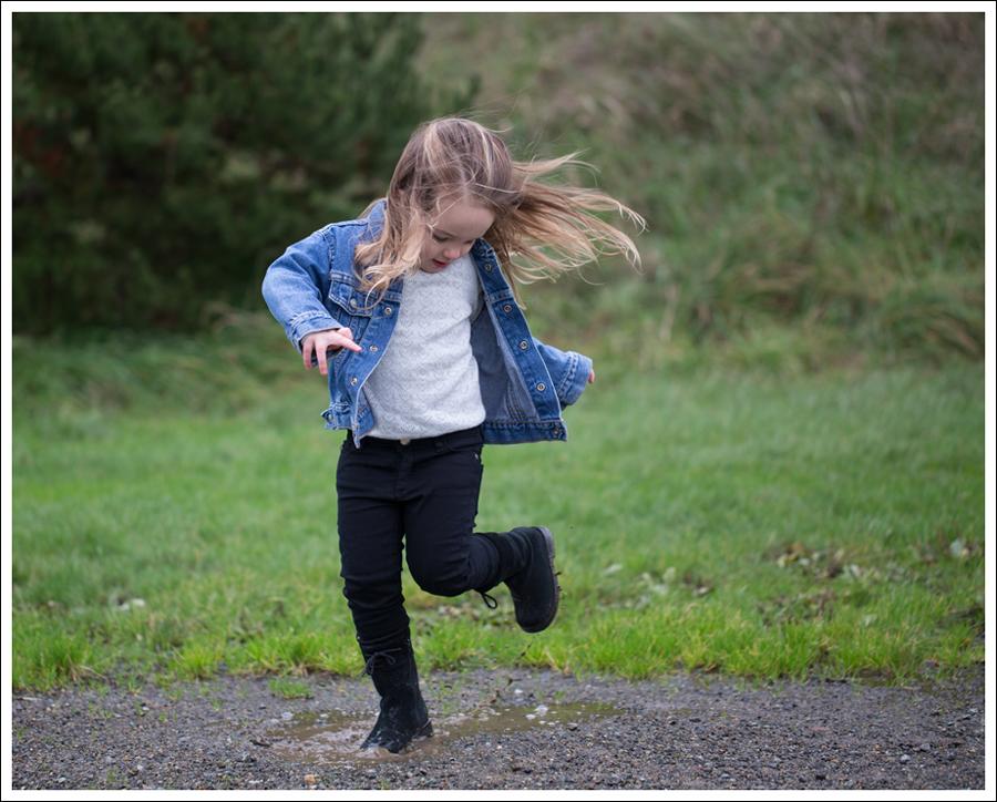 Blog Levis Jacket HM Sweater DL1961 Chloe Macpherson Baby Quiz Boots-8